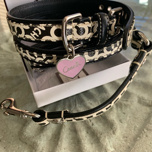 Coach Other - Coach dog collar Op Art leash set